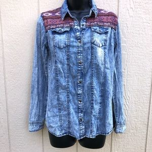 🎃 Life in Progress Western Chambray blouse XS